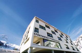Austria, Arlberg, Warth am Arlberg, Sporthotel Steffisalp
