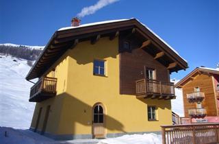Italy, Livigno, Apartments La Pezina