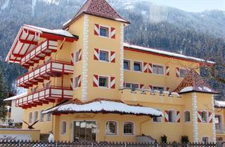 Austria, Zillertal, Mayrhofen, Hotel Alpenschlossl