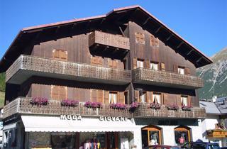 Italy, Livigno, Apartments Riccardo