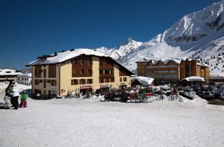Italy, Adamello Ski, Passo Tonale, Apartments Redivalle