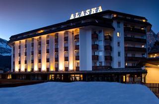 Italy, Cortina d'Ampezzo, Domina Inn Alaska