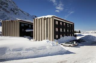 Italy, Adamello Ski, Passo Tonale, Apartments Savoia