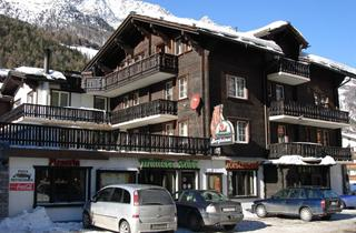Switzerland, Saas Fee – Saastal, Saas Grund, Hotel Bergheimat und Moonlight