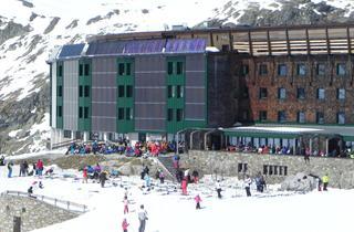 Austria, Uttendorf – Weisssee Gletscherwelt, Uttendorf, Hotel BergRudolfshutte