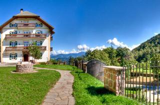 Italy, Alpe di Siusi, Ritten, Appartementhaus Waldquell