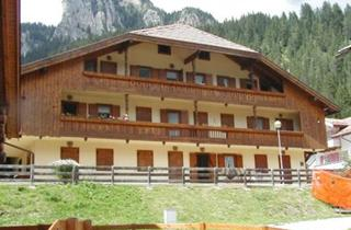 Italy, Val di Fassa - Carezza, Mazzin di Fassa, Villaggio Ladino