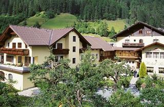 Austria, Heiligenblut, Großkirchheim, Hotel Post
