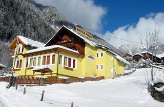 Austria, Moelltal, Flattach, HGasthof Innerfraganterwirt