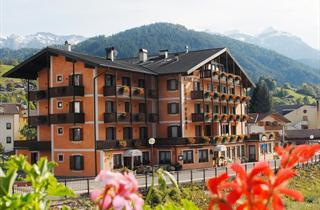 Italy, San Martino di Castrozza (Passo Rolle), Fiera di Primiero, Hotel Conca Verde