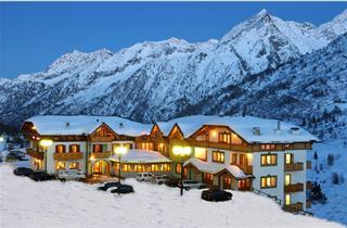 Italy, Adamello Ski, Passo Tonale, Hotel Gardenia s