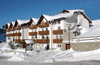 Italy, Adamello Ski, Passo Tonale, Hotel Orchidea