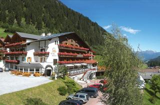 Italy, Sterzing - Wipptal, Colle, Berghotel