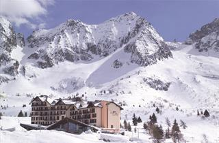 Italy, Adamello Ski, Passo Tonale, Hotel Piandineve