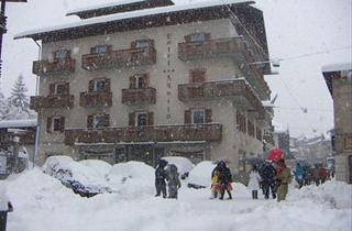 Italy, Cortina d'Ampezzo, Hotel Aquila