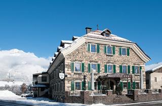 Austria, Zillertal, Strass im Zillertal, Guesthouse Post