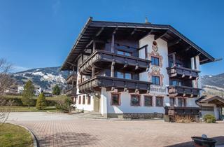 Austria, Zillertal, Fügen im Zillertal, Apartments Romerhof