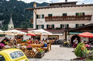 Italy, Val Gardena - Groeden, Ortisei, Sporthotelplatz