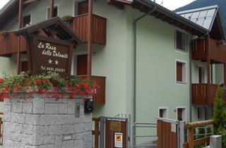 Italy, Madonna di Campiglio - Pinzolo, Carisolo, Apartment Residence La Rosa delle Dolomiti