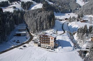 Austria, Zillertal, Fügen, Hotel Hubertus