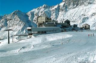 Italy, Breuil-Cervinia - Valtournenche, Cervinia, Hotel Lo Stambecco