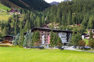 Austria, Defereggental Osttirol, St. Jakob im Defereggental, Blu Hotels Alpenhof