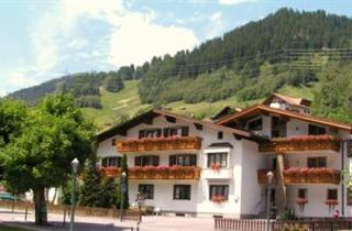 Austria, Arlberg, St. Anton am Arlberg, Garni Fallesin