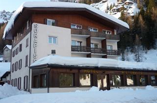 Italy, Cortina d'Ampezzo, Misurina, Hotel Sorapiss