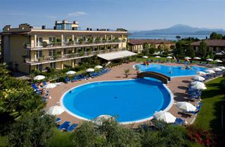 Italy, Lake Garda, Peschiera del Garda, Hotel Bella Italia