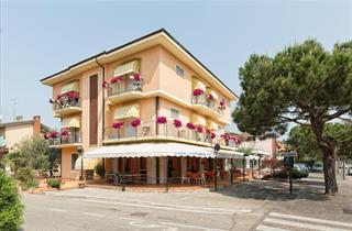 Italy, Lake Garda, Sirmione, Hotel Azzurra