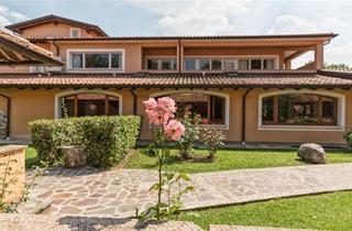 Italy, Lake Garda, Padenghe sul Garda, West Garda Hotel