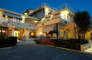Italy, Lake Garda, Sirmione, Hotel Porto Azzurro