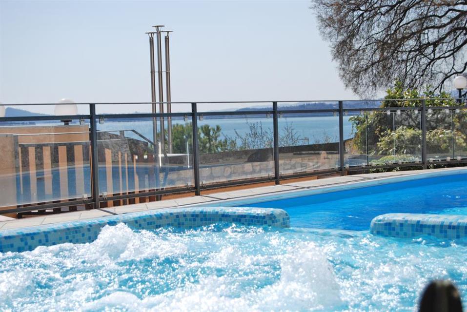 Bel Soggiorno: Hotel in Toscolano Maderno, Italy. Book now!