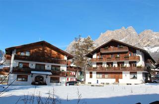 Italy, Cortina d'Ampezzo, Hotel Capannina