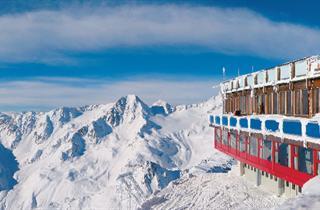 Italy, Val Senales - Maso Corto - Schnalstal, Val Senales, Glacier Hotel Grawand