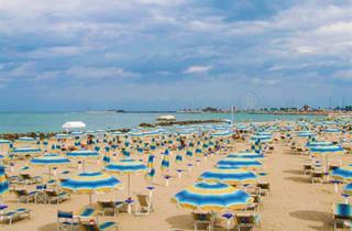 Italy, Central Adriatic Riviera, Rimini, Hotel Harmony
