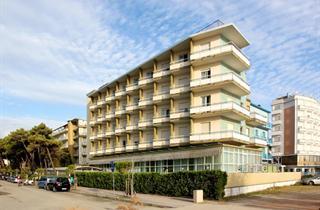 Italy, Central Adriatic Riviera, Cervia, Hotel Lido