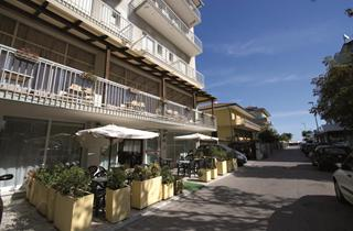 Italy, Central Adriatic Riviera, Rimini, Hotel Essen