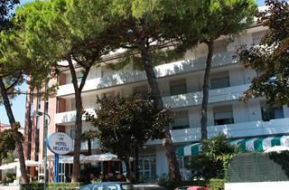 Italy, Northern Adriatic Riviera, Lignano Sabbiadoro, Hotel Helvetia