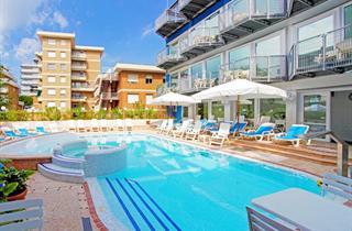 Italy, Northern Adriatic Riviera, Lignano Sabbiadoro, Hotel Astro