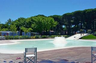 Italy, Central Adriatic Riviera, Cesenatico, Pineta sul Mare