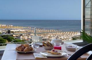 Italy, Central Adriatic Riviera, Riccione, Hotel Promenade Riccione