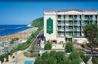 Italy, Central Adriatic Riviera, Gabicce Mare, Hotel Michelacci
