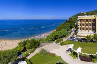 Italy, Central Adriatic Riviera, Gabicce Mare, Hotel Promenade