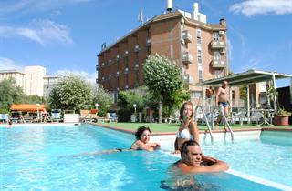 Italy, Central Adriatic Riviera, Ravenna, Hotel K2 & Spiaggia Marina Beach