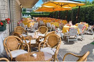 Italy, Central Adriatic Riviera, Milano Marittima, Hotel TIFFANY'S
