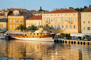 Croatia, Kvarner Gulf, Mali Losinj, Hotel Apoksiomen