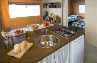 Croatia, Istria, Rovinj, Camping Polari - GLAMPING Luxury Lodge 'SOLE'