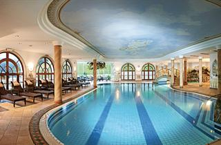 Austria, Stubaital, Neustift, Hotel Mildererhof