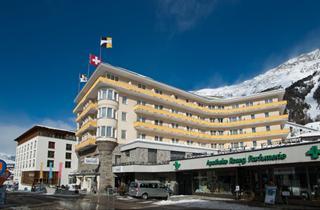 Switzerland, St. Moritz – Engadin, Pontresina, Hotel Schweizerhof Free Ski